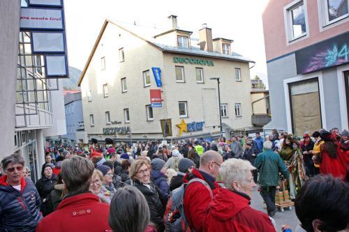 Oberland DABEI Weiberfasnacht Imst 2020 009